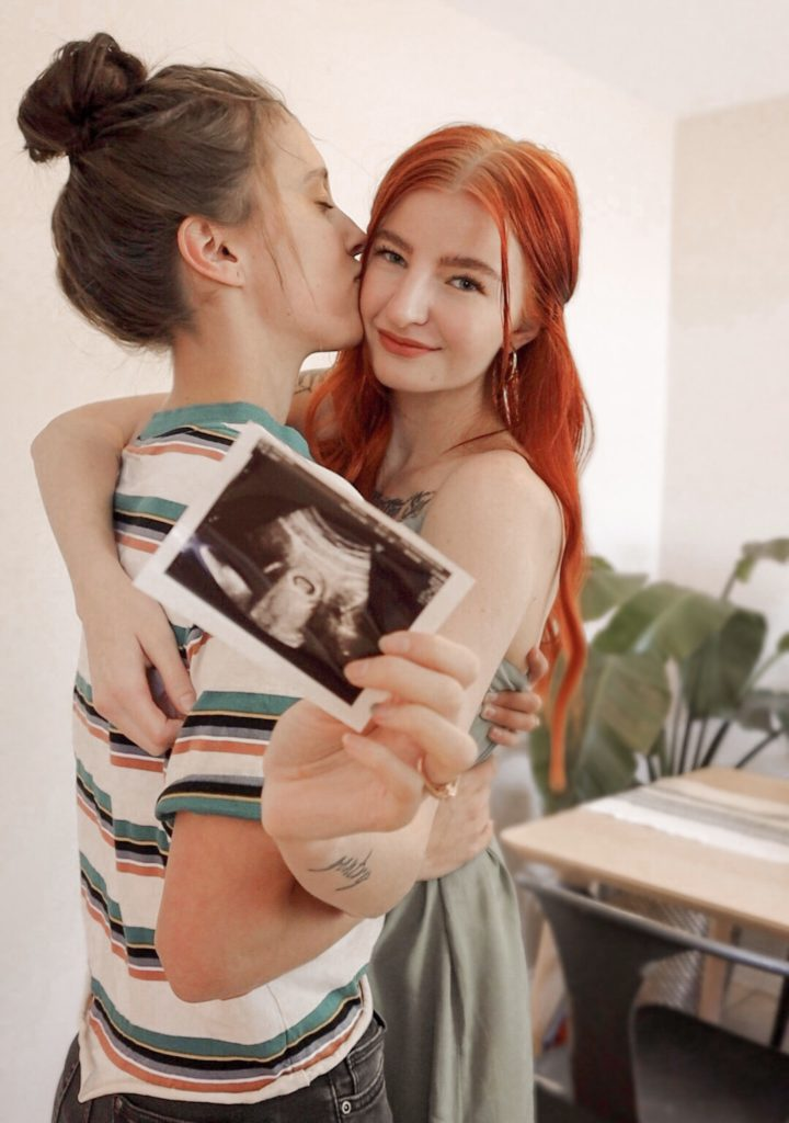 """How we got pregnant FAST as a Lesbian Couple!"" – Abbie and Julia Ensign"